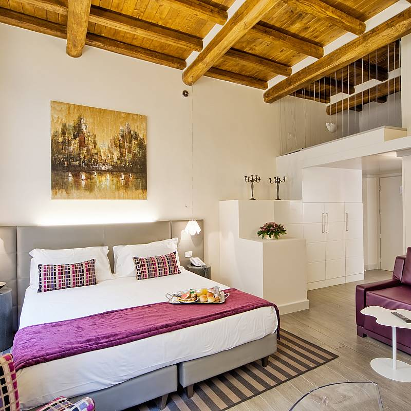 trevi palace luxury apartmnets